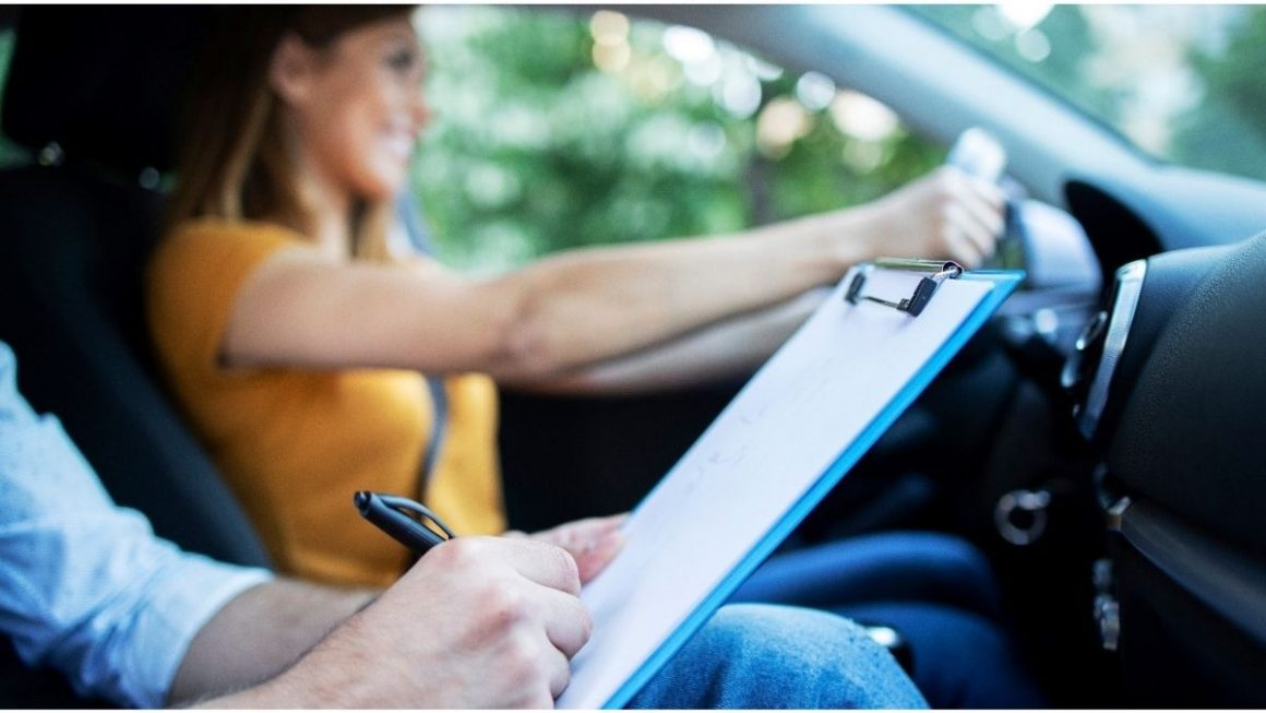 The Benefits Of Becoming a Self-Employed Driving Instructor